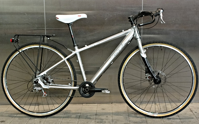 MONGOOSE SABROSA 8speed