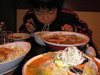 飯田市上海楼のタンメンと中華そば、餃子