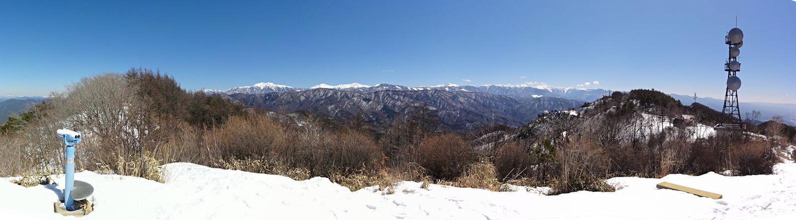 2014年3月15日「陣馬形山山頂から南アルプスを望む」