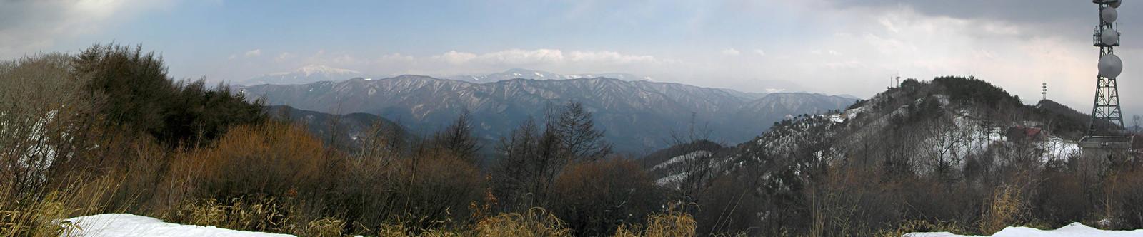 2014年3月16日「陣馬形山山頂から南アルプスを望む」