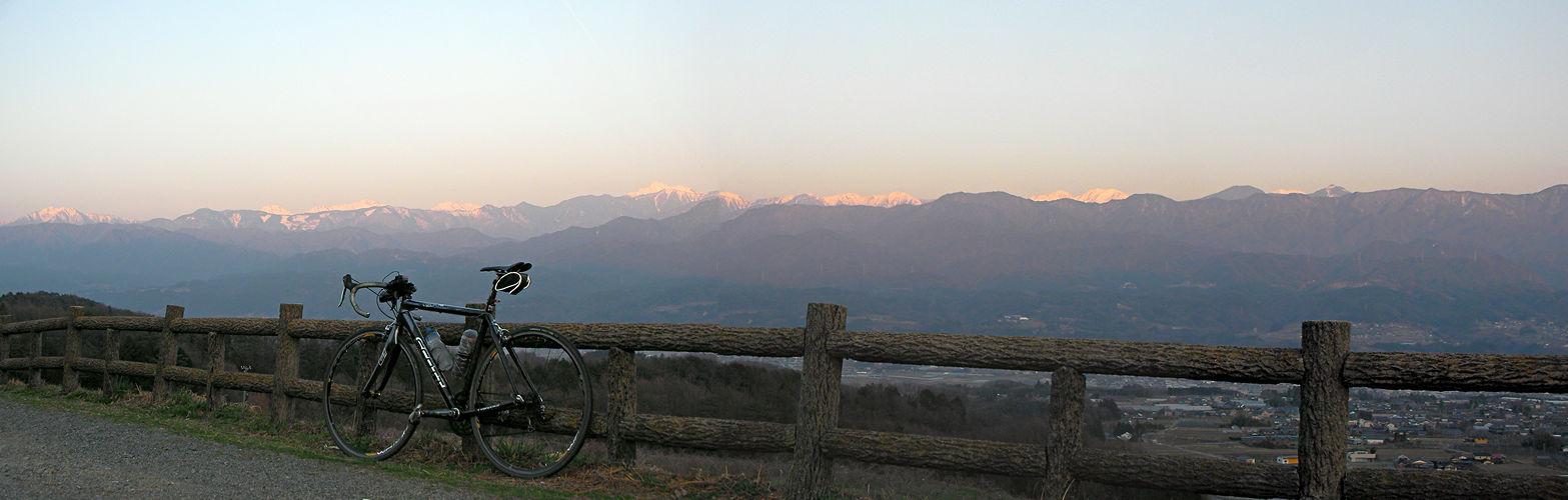 2014年3月28日「夕日に染まる赤石山脈」