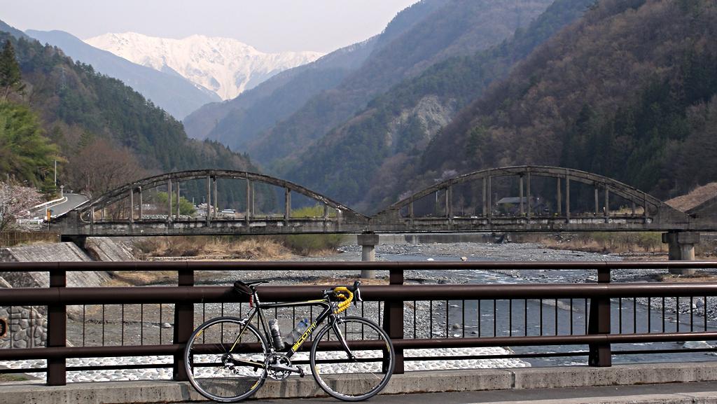 2014年4月16日:大鹿村「小渋橋と赤石岳」