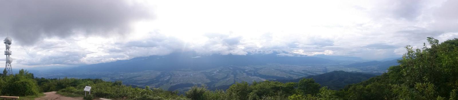 陣馬形山からの眺望(2017年8月4日)
