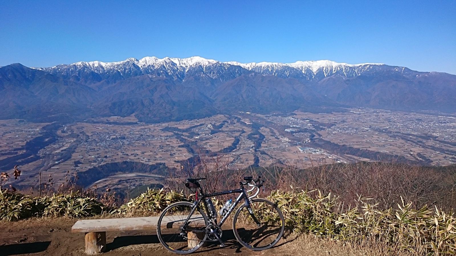 陣馬形山から中央アルプスを望む(2017年11月28日)